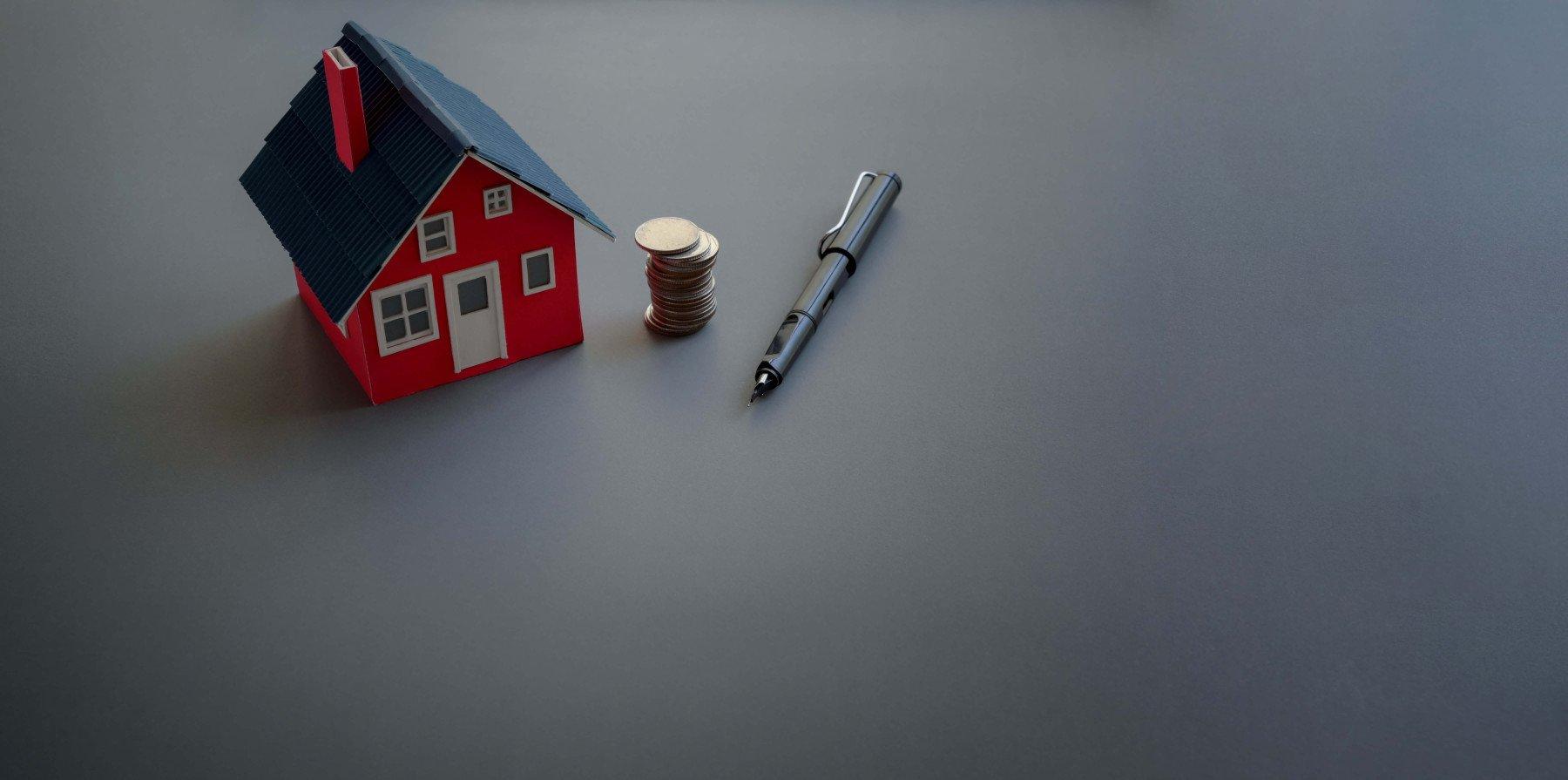 hus, pengar och penna